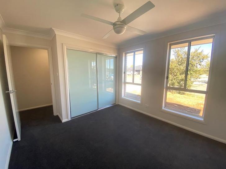 1/79 Kenny Drive, Tamworth 2340, NSW House Photo