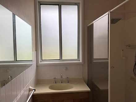 687d2ba6a0a558aa1c1325a1 bathroom 1634175684 thumbnail