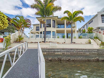 9 Regents Court, Paradise Point 4216, QLD House Photo