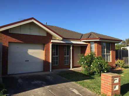 2B Kingfisher Drive, Seabrook 3028, VIC House Photo