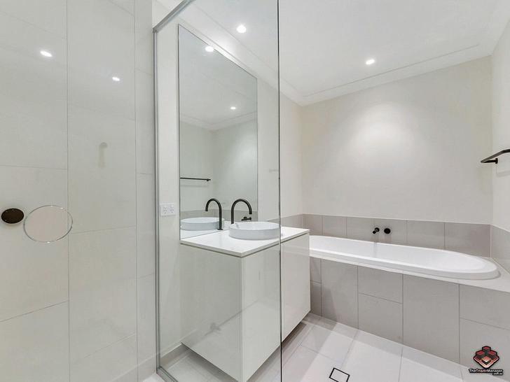 ID:21082338/120 Bunya Road, Everton Hills 4053, QLD Townhouse Photo
