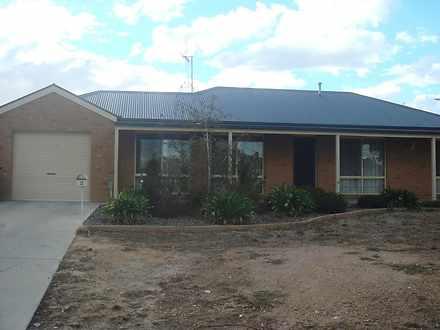 2 Ennor Place, Kangaroo Flat 3555, VIC House Photo