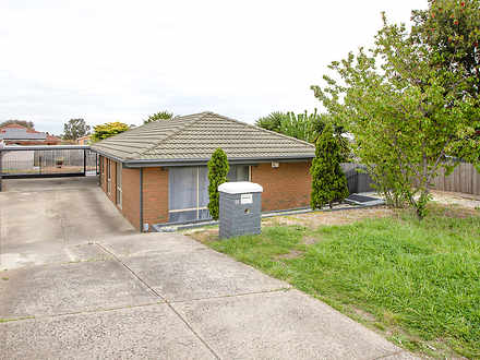 10 Stringybark Place, Meadow Heights 3048, VIC House Photo