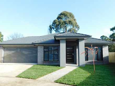 6 Hugo Place, Brown Hill 3350, VIC House Photo