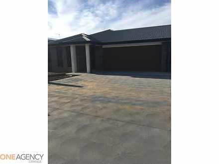 10 Ellenbrae Street, Orange 2800, NSW Duplex_semi Photo