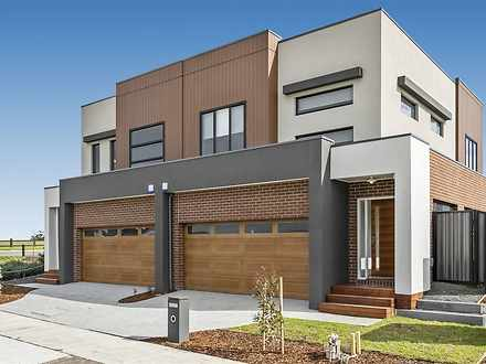44 Everard Avenue, Clyde North 3978, VIC Townhouse Photo