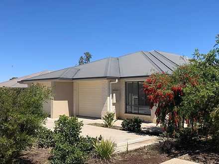 2/54 Acacia Drive, Miles 4415, QLD Duplex_semi Photo