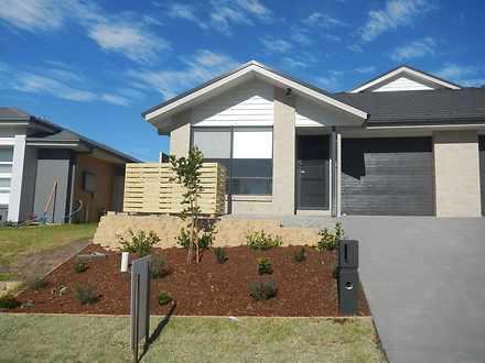 1/27 Croft Close, Thornton 2322, NSW Duplex_semi Photo