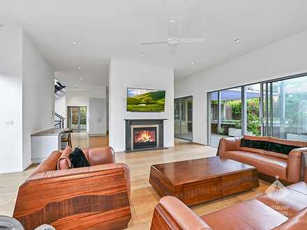 2/5 Lincoln Avenue, Mont Albert North 3129, VIC Townhouse Photo