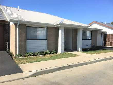 28 Skylark Avenue, Thornton 2322, NSW Villa Photo
