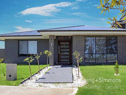 1 Pleasant Circuit, Gledswood Hills 2557, NSW House Photo