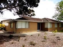 House - 4 Essex Park Drive, Endeavour Hills 3802, VIC