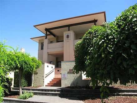Apartment - 4/282 Melbourne...