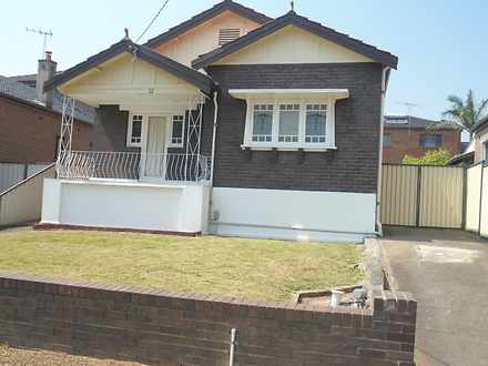 House - 22 Moncur Avenue, B...