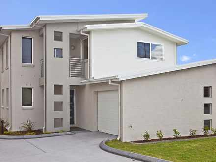 Townhouse - 1/4 Carnley Ave...