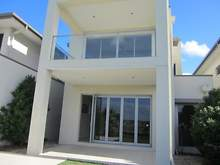 House - Glengallon Way, Hope Island 4212, QLD