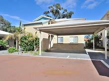 Apartment - 3/1 Lakes Crescent, South Yunderup 6208, WA