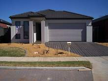 House - 80 Duncombe Park Way, Deer Park 3023, VIC