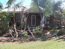 House - 114 Golden Hind Avenue, Cooloola Cove 4580, QLD