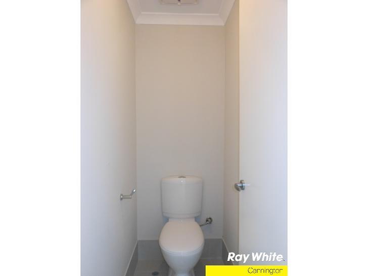 1413342651 18651 15bege toilet 1578906877 primary