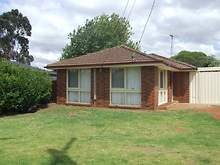 House - 25 Moss Street, Melton South 3338, VIC