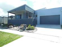House - 13 Bream Road, Lakes Entrance 3909, VIC