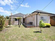 House - 1/108 Haughton Road, Oakleigh 3166, VIC