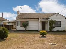 House - 23 Newcomen Road, Springvale 3171, VIC