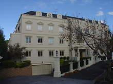 Apartment - 24/29 Bendall Street, Kensington 3031, VIC