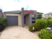 House - 6 Firetail Close, Williams Landing 3027, VIC