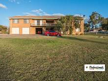 Unit - 2/4 Illoura Street, Tamworth 2340, NSW