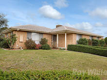 House - 8 Burchall Crescent, Rowville 3178, VIC
