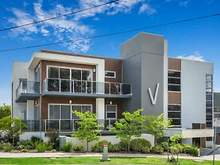 Apartment - 1/1 Westfield Drive, Doncaster 3108, VIC