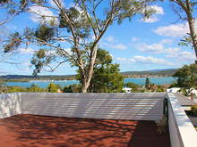 House - Speers Point 2284, NSW