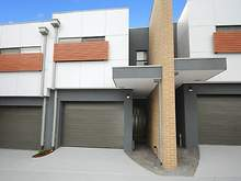 Townhouse - 5/19 Stamford Crescent, Rowville 3178, VIC