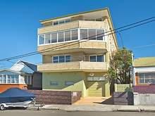 Apartment - 2/10 Ocean Street, Clovelly 2031, NSW