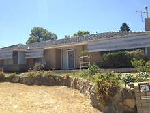 House - 4 Marlow Way, Thornlie 6108, WA
