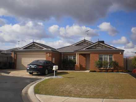 House - 12 Dunkeld Court, G...