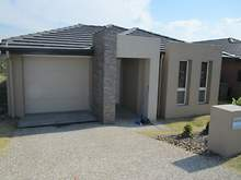 House - 7 Huxley St, Redbank Plains 4301, QLD