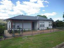 House - 130 Crown West Street, Tamworth 2340, NSW