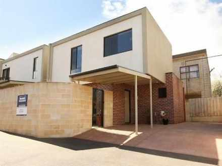 Townhouse - 3/55 Howick Str...