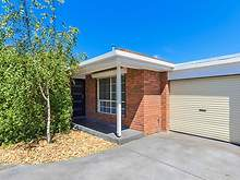Unit - 2/8 Bowlers Avenue, Geelong West 3218, VIC