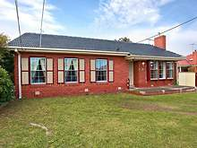 House - 10 Widnes Court, Deer Park 3023, VIC