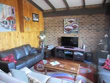 House - 1/4 Townsend Street, Jindabyne 2627, NSW