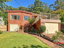 House - 113 Old Berowra Road, Hornsby 2077, NSW