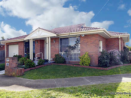 15 Woolnough Drive, Mill Park 3082, VIC Unit Photo