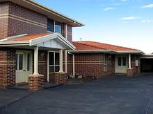 Townhouse - 2/85 New Street, Spotswood 3015, VIC