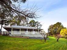 House - 54 Vincent North Street, Daylesford 3460, VIC