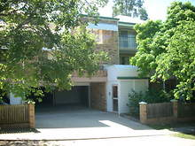 Unit - 1/169 Sir Fred Schonell Drive, St Lucia 4067, QLD