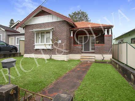 House - 17 Moreton Street, ...